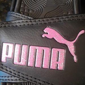 c94c15715953 Puma Shoes - Puma NWT pink glitter velcro slide sandals sz 6